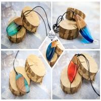 Różne kolory? Podoba się? Już niedłogo pojawią się nowe wisiorki od TaWanda. Odwiedzajcie stronę w sieci https://tawanda.pl oraz stronę sklepu https://sklep.tawanda.pl  @tawandapl   #resinart #resinandwood #resinjewelry  #resinjewellery #handmadejewelry #handmadejewelry #tawandapl #tawanda #kraków #biżuteria #żywicaepoksydowa  #żywica